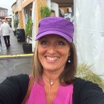 fiona-robertson-body-whiperer-body-renewer-purple-hat